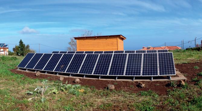 photovoltaik als insell sung auf teneriffa maxx solar. Black Bedroom Furniture Sets. Home Design Ideas
