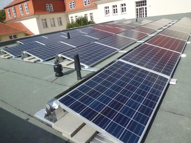 10 kWp PV-Anlage auf der Mensa in Arnstadt / Thüringen