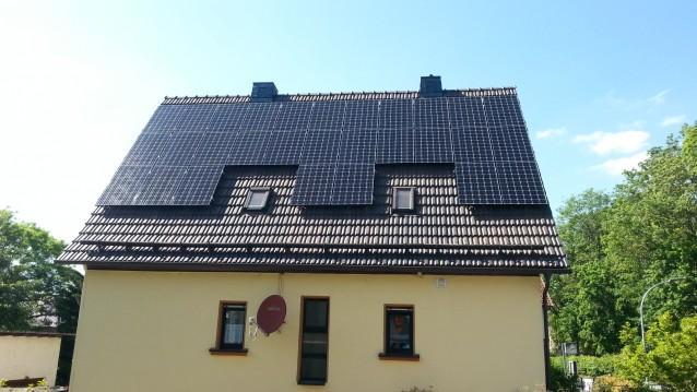 Photovoltaikanlage Thüringen mit schwarten Modulen