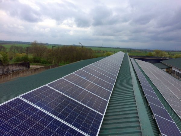 Direktvermarktung Solarstrom ein einfaches Tool zum berechnen. Hier ein Bild einer Solardachanlage