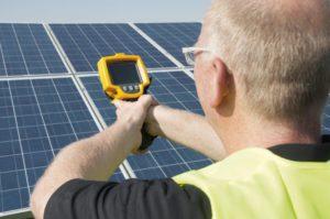 Recycling von Solarmodulen. Vorher richtig prüfen, was notwendig ist!
