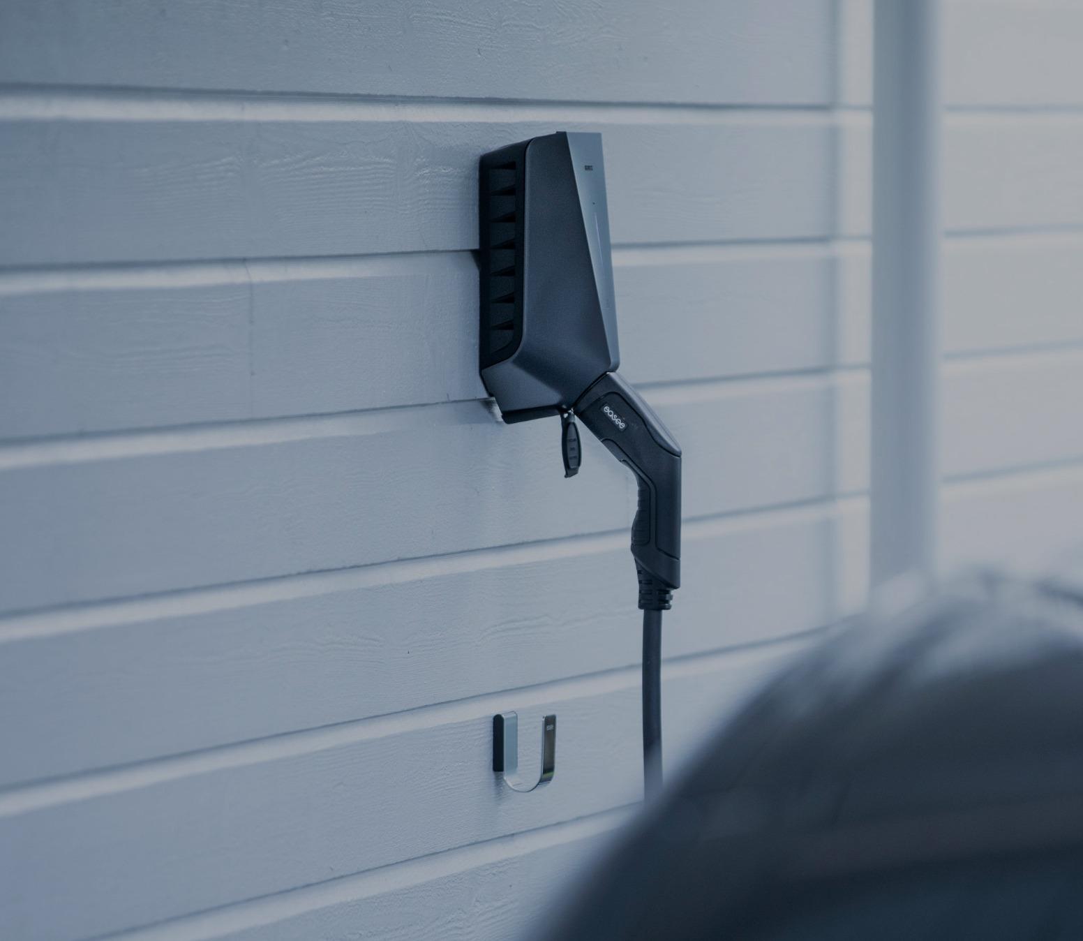 Easee Wallbox Installation am Carport