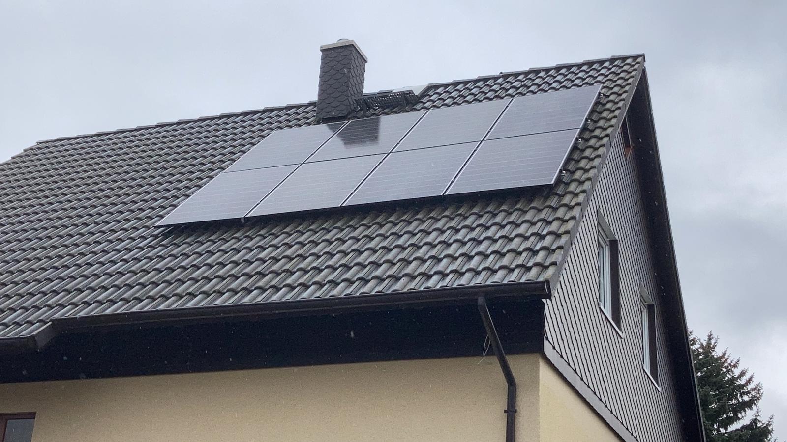 Ostseite Solaranlage Eisenach